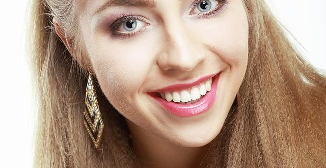 Teeth Whitening & Teeth Care - Are You Taking Proper Care of Your Teeth? [object object] Teeth Whitening & Teeth Care – Are You Taking Proper Care of Your Teeth? beauty 739667 640 640x330
