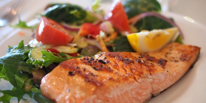 Learn How To Cook Salmon Like A Pro Chef in Summertime!