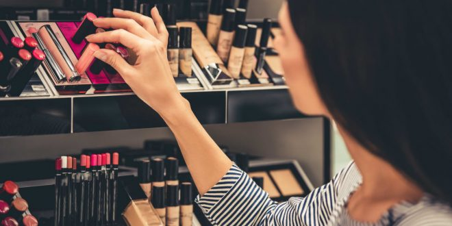 7 Myths About Makeup That Need To Be Wiped Away 1